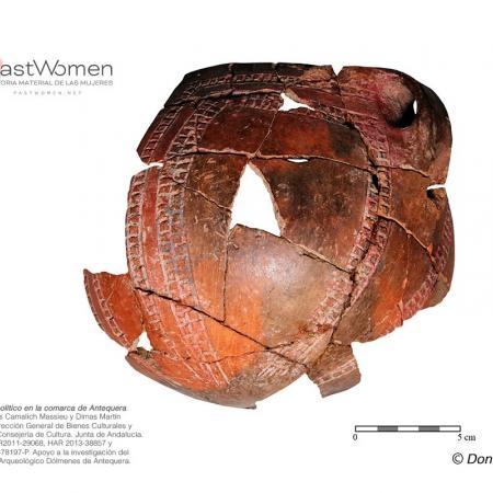 Vasija de cerámica a mano